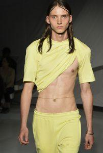 fashion-week-homme-chaine-de-ventre