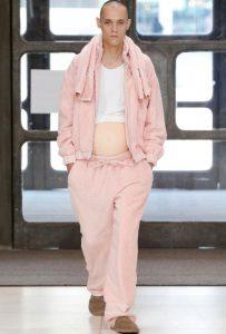 fashion-week-homme-ventre-femme-enceinte